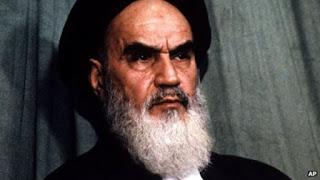 Na'udzubillah! Imam Syiah Khomeini Perbolehkan Menyetubuhi Istri dari Dubur