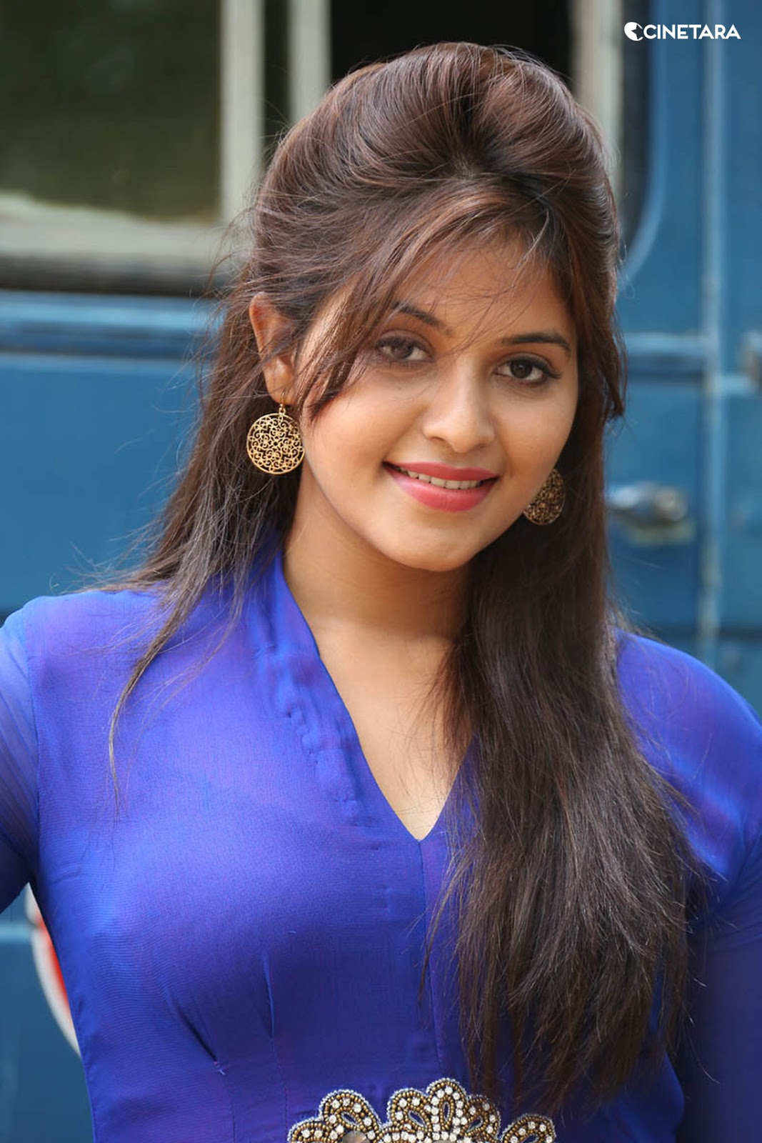 Anjali Desi Actress Anjali Hot Side View In Blue Dress
