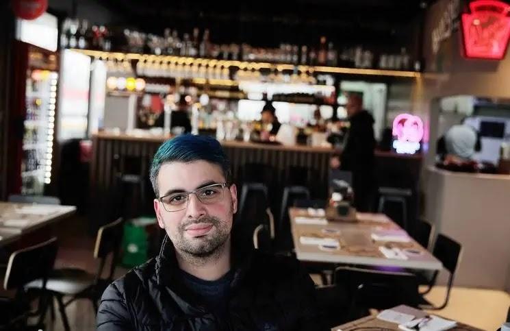 Vardoc dejó Youtube y apostó por las hamburguesas