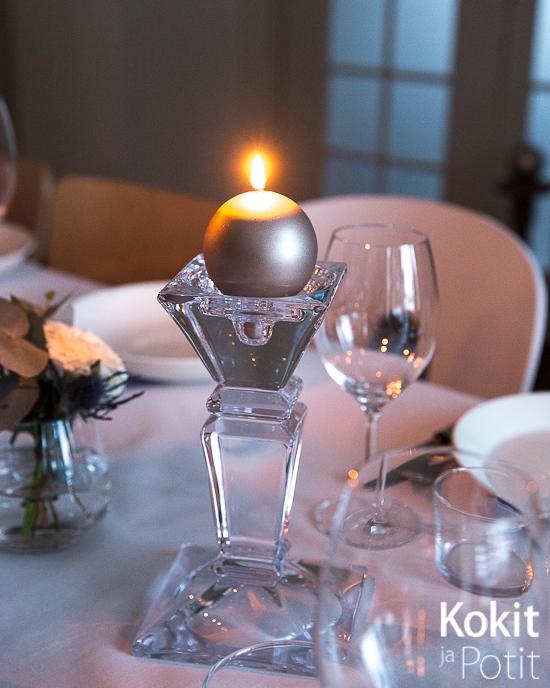 ARVONTA – voita upea Balmuirin kristallinen kynttilänjalka