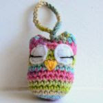 https://translate.google.es/translate?hl=es&sl=en&tl=es&u=http%3A%2F%2Flittle-crochet.blogspot.com.es%2F2015%2F04%2Fa-little-owl-free-pattern.html