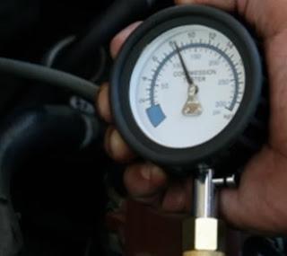 اختبار ضغط الأنضغاط لمحرك السيارة