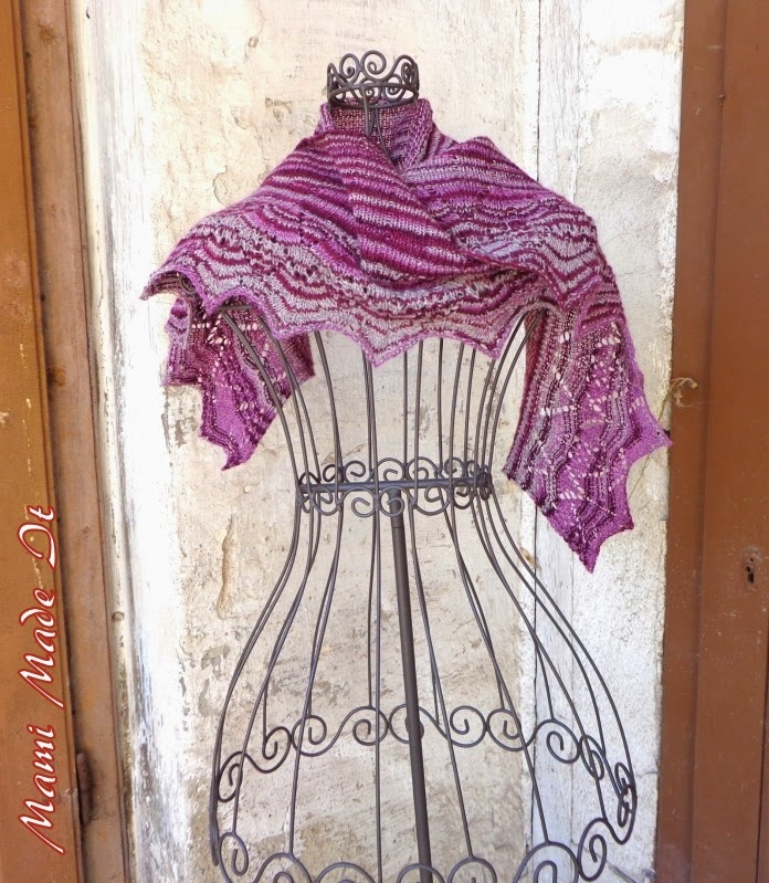 Lace Shawl Bordeaux by Mami Made It