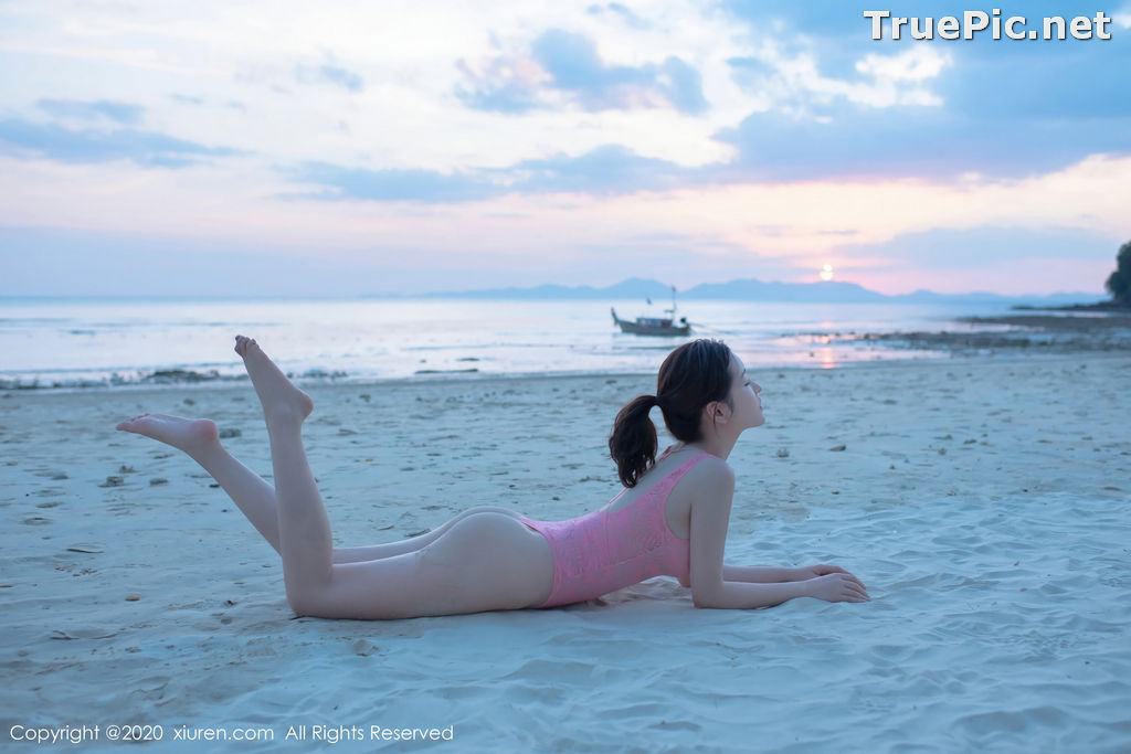 Image XIUREN No.2340 - Chinese Model Shen Mengyao (沈梦瑶) - Sexy Pink Monokini on the Beach - TruePic.net - Picture-4