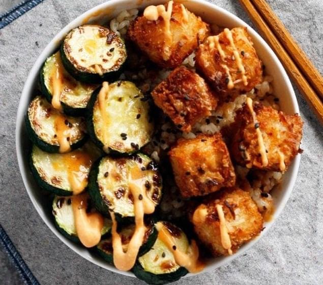Coconut Crusted Tofu with Sweet Chili Sauce #vegan #vegetarian