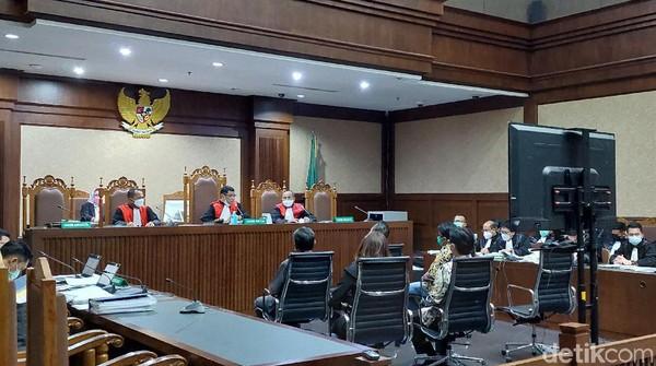 Cerita Saksi Kirim 3 Lusin Wine Pesanan Sespri Edhy Prabowo