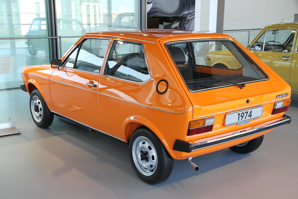 Audi 50 (1974) ~ Θέματα Που Ξεχωρίζουν