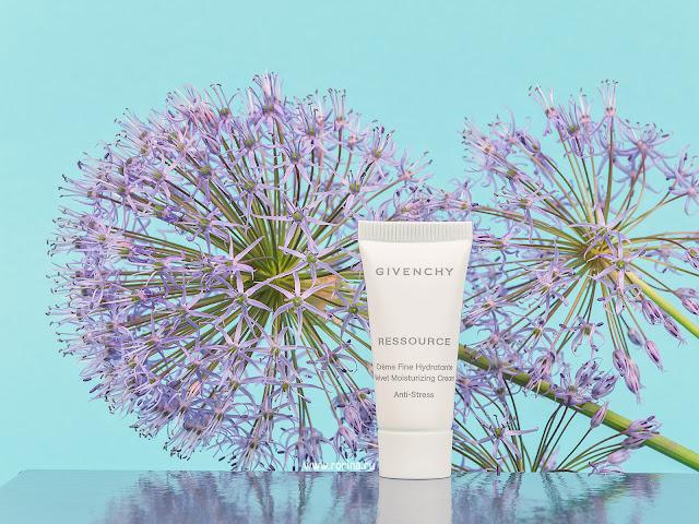 Givenchy Ressource Velvet Увлажняющий легкий антистресс-крем для лица: отзывы с фото