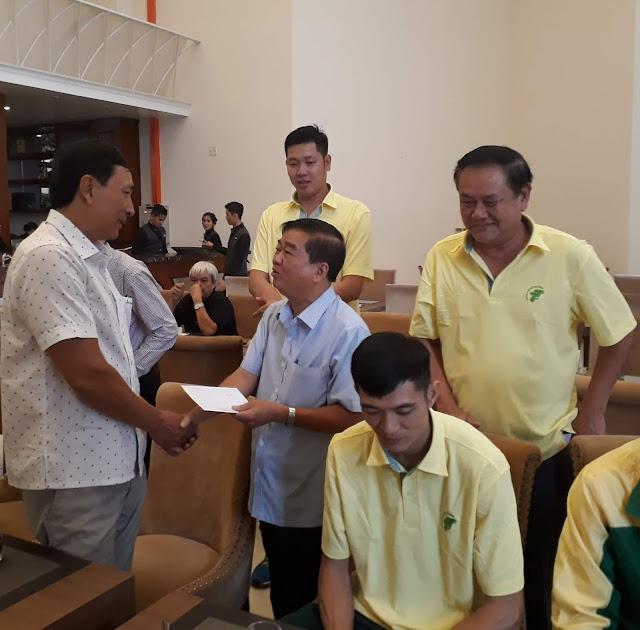 """Bóng chuyền TPHCM chia tay """"Tượng đài"""" Trương Hữu Vinh!"""