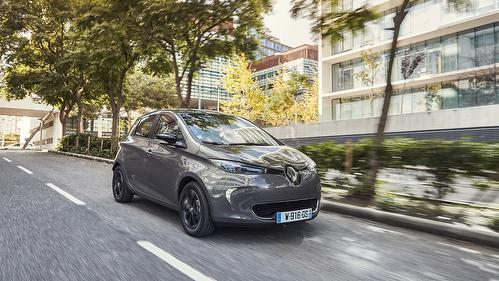 Review Renault Zoe Hatchback (2017 -  Auto Amar )