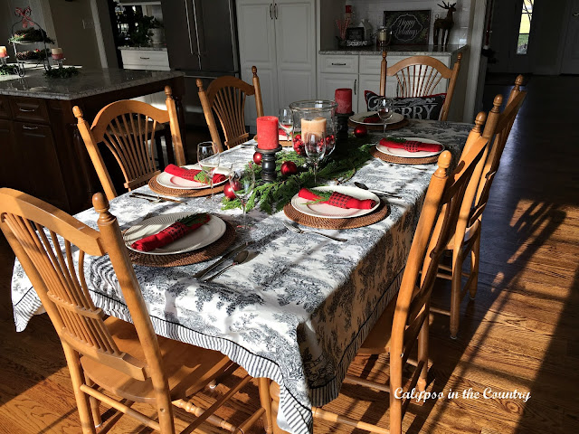 Red, Black and White Christmas Table