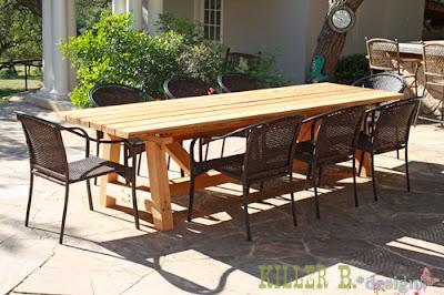 diy une table de jardin en bois initiales gg. Black Bedroom Furniture Sets. Home Design Ideas