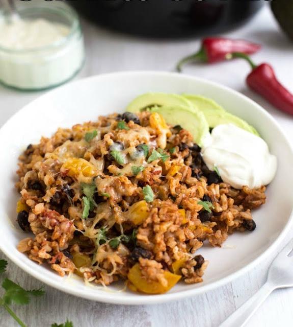 Slow Cooker Burrito Bowls #Recipe