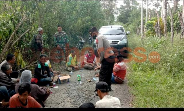 Koramil 04/PRG Kodim 0119 Dan Unsur Terkait Giring Kawanan Gajah Liar Menjauh Dari Permukiman