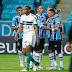 Grêmio vence o coxa e segue na briga pela liderança