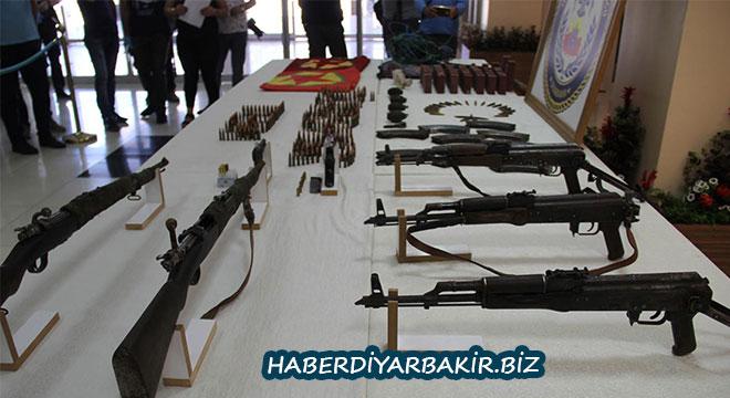 Diyarbakır Bağlar'da çok sayıda mühimmat ele geçirildi