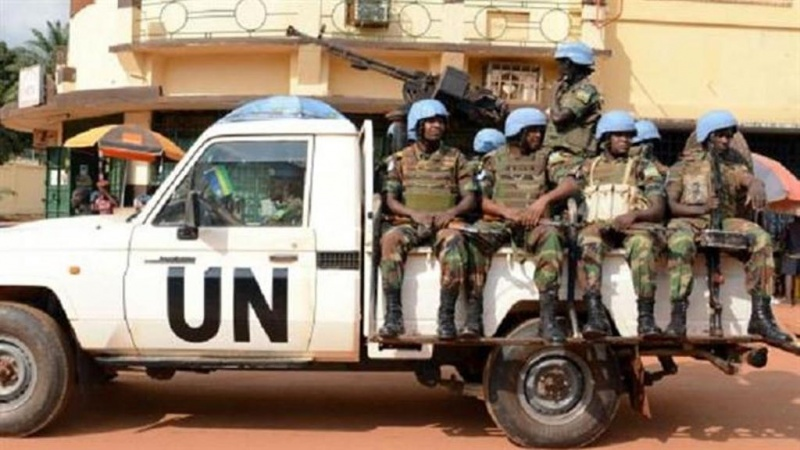 Askari wa kulinda amani wa Umoja wa Mataifa wakilinda doria mjini Bangui