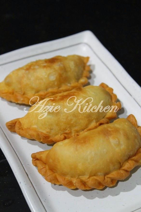 Karipap Sardin Azie Kitchen