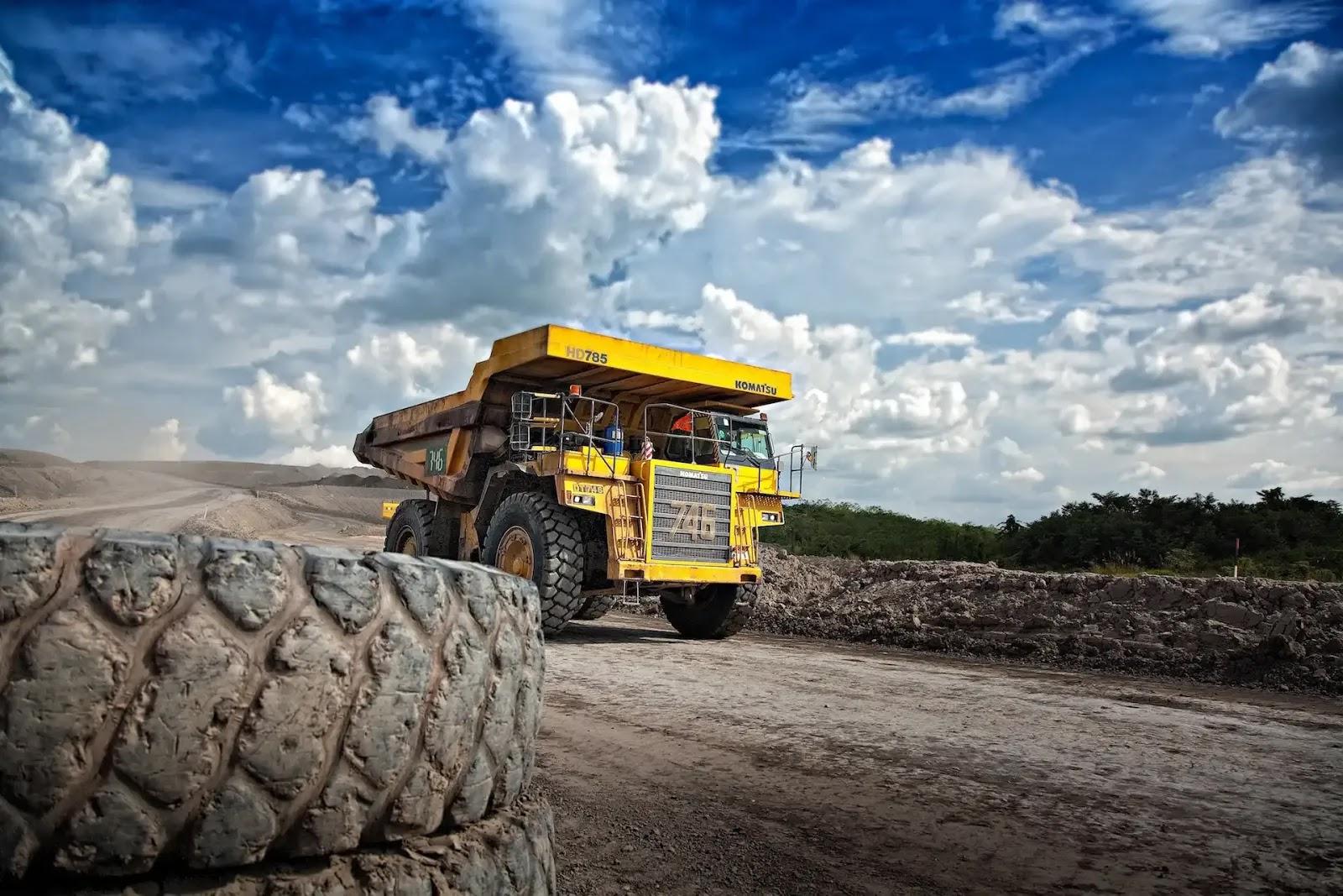 オーストラリア 仕事 鉱山