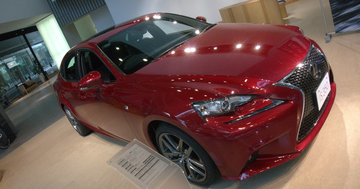 first look 2014 lexus is350 f sport motorflair. Black Bedroom Furniture Sets. Home Design Ideas