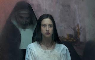 Dunia Sinema The Nun Suster Irene dan Valak