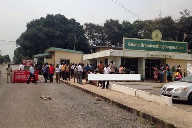 GBC staff abandon work, block entrance