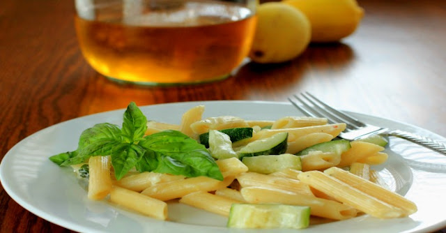 Pasta with Lemon, Zucchini and Basil