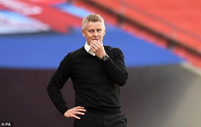MU thua Chelsea: Nghi Solskjaer buông FA Cup, dồn sức Top 3 Ngoại hạng Anh?