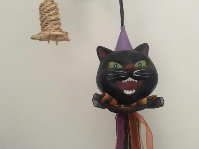 Vintage look Halloween cat