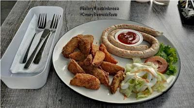 Cimory Riverside Resto | Wisata Kuliner Indonesia
