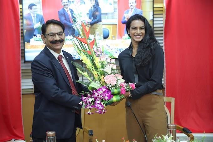 पी.वी. सिंधु ने बैंक ऑफ़ बड़ौदा की नई कॉर्पोरेट वेबसाइट को किया लॉन्च