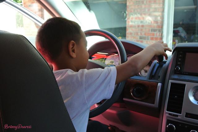 mom mobile, minivan, young, mom, mother, van, drive, buy, should