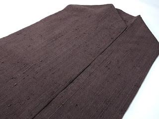 名古屋帯は織り帯、染帯ともに柄や種類が豊富です