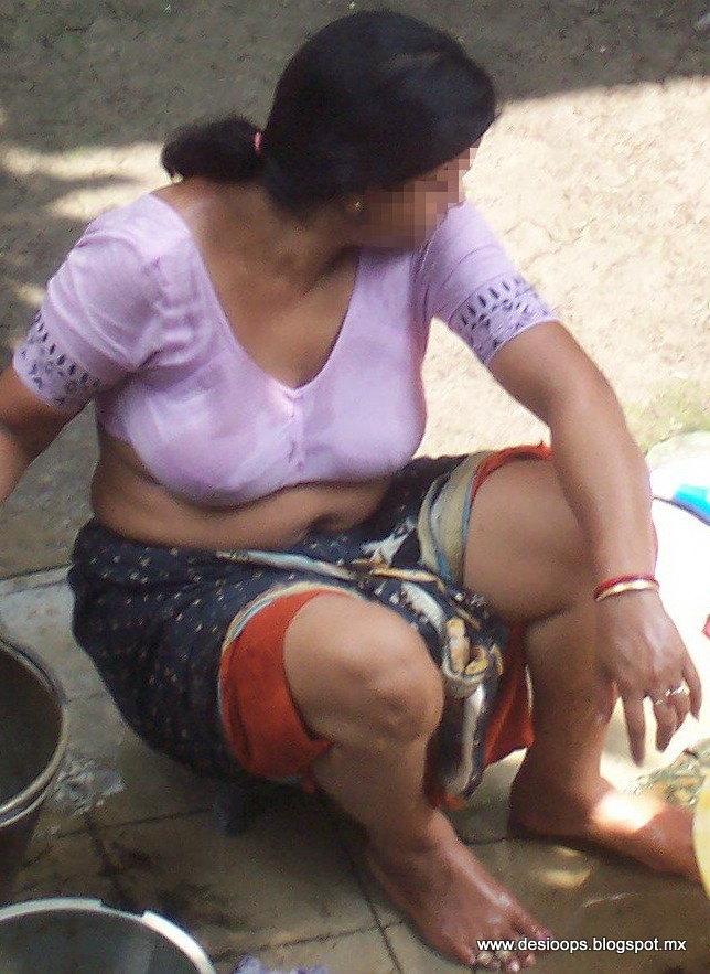 Mallu Aunty Wet Pussy 22869  Desi Aunties Wet In Public Voy-1659