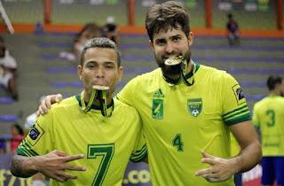 leoninos são campeões da copa do mundo