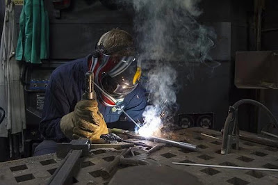 Welding and Gas Cutting (Dos)