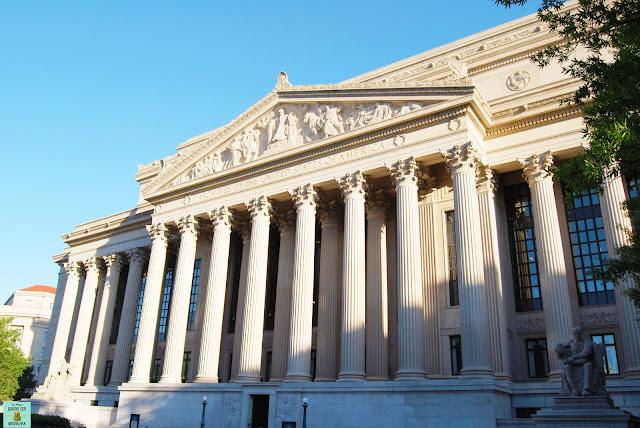 Edificio de los Archivos Nacionales en Washington