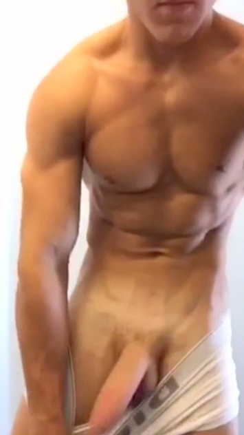 Rripped Hunk With A Thick Cock
