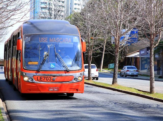 TCE determinou que Curitiba suspenda a circulação de ônibus a partir deste sábado