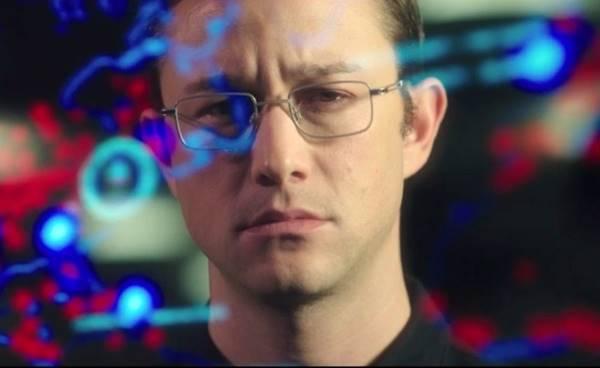 Joseph Gordon-Levitt e sua representação bem estranha de Snowden