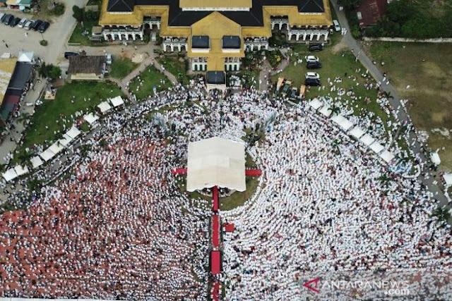 Ribuan Rakyat Medan Doakan Prabowo-Sandi Saat Isra Mi'raj