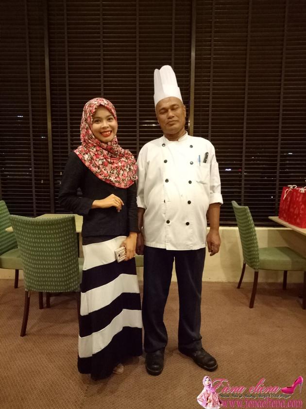 Bersama Chef yang telah mempunyai pengalaman selama lebih kurang 36 tahun