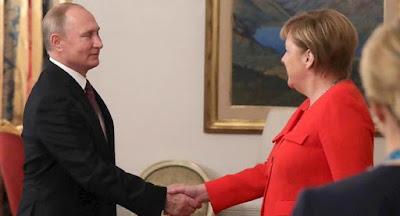 """Путин требует законодательного закрепления Украиной """"формулы Штайнмайера"""""""