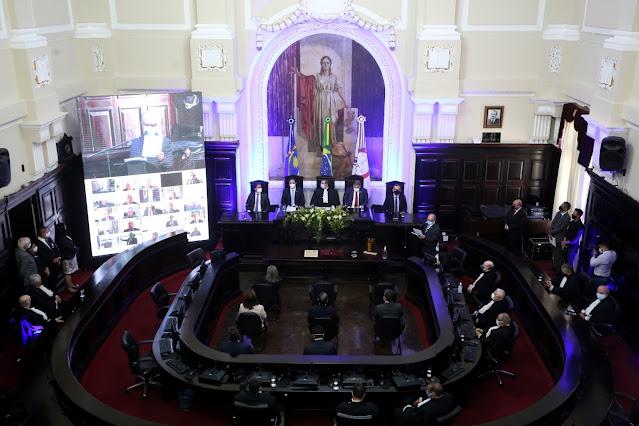 Governador ressalta importância do Judiciário na comemoração dos 200 anos do TJPE