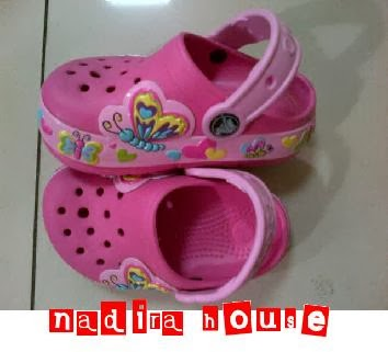 Nadira House Sepatu Sandal Crocs Anak Perempuan Bisa