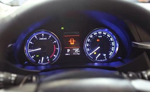 Toyota Corolla Altis 2014