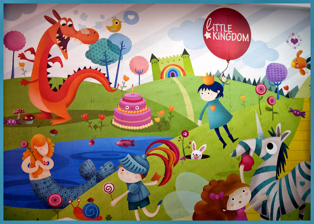 Preciosa ilustración en la pared de Little Kingdom