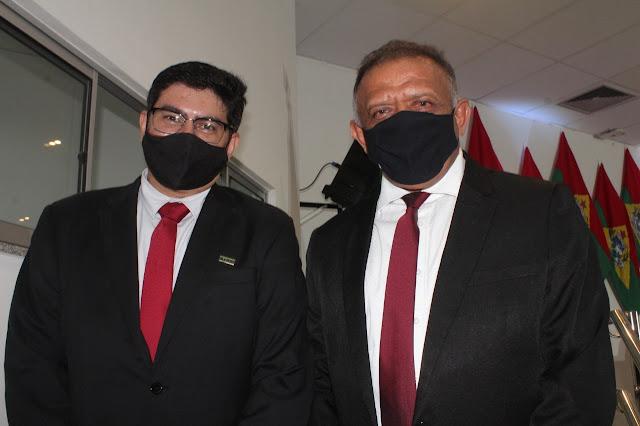 Pró-Reitor de Administração da Ufersa Judson Cruz e Presidente da Câmara Hamilton Bezerra