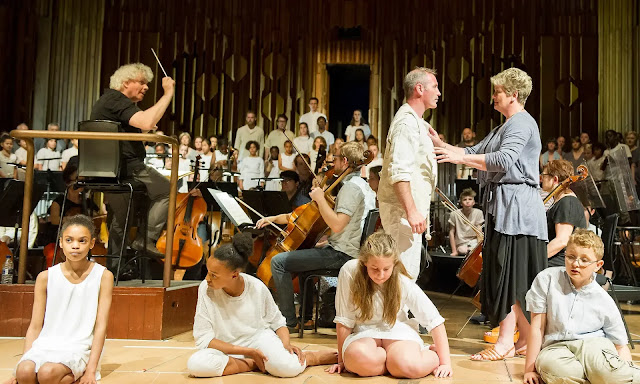 Jonathan Dove: The Monster in the Maze - Simon Rattle, Andrew Rees, Yvonne Howard - Barbican 2015 (Photo: Alastair Muir/PR )