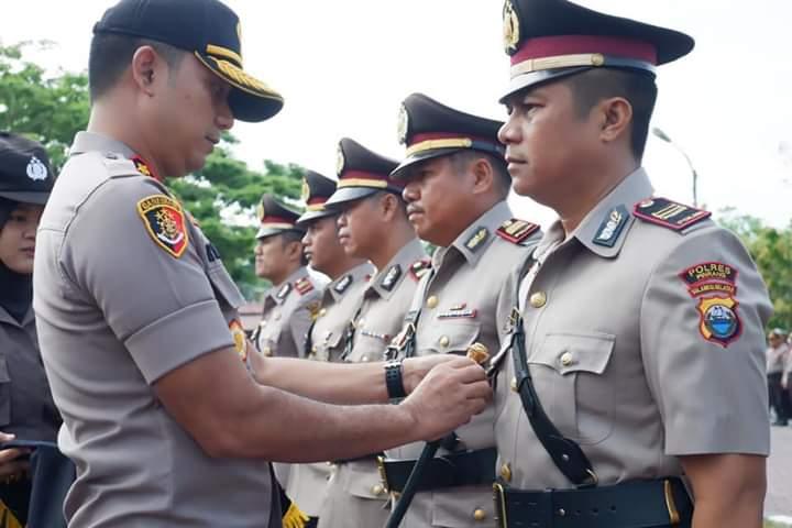 Kapolres Pinrang Pimpin Pelantikan Pejabat dan Serah Terima Jabatan.